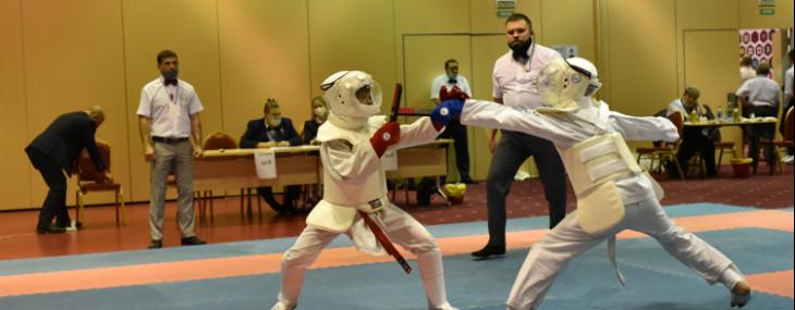 Впервые на Всероссийском уровне прошли поединки по демонстрационной дисциплине танто-файт
